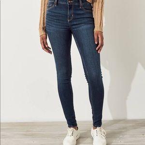 [ Hollister Jeans]  Super Skinny Jeans- 9S